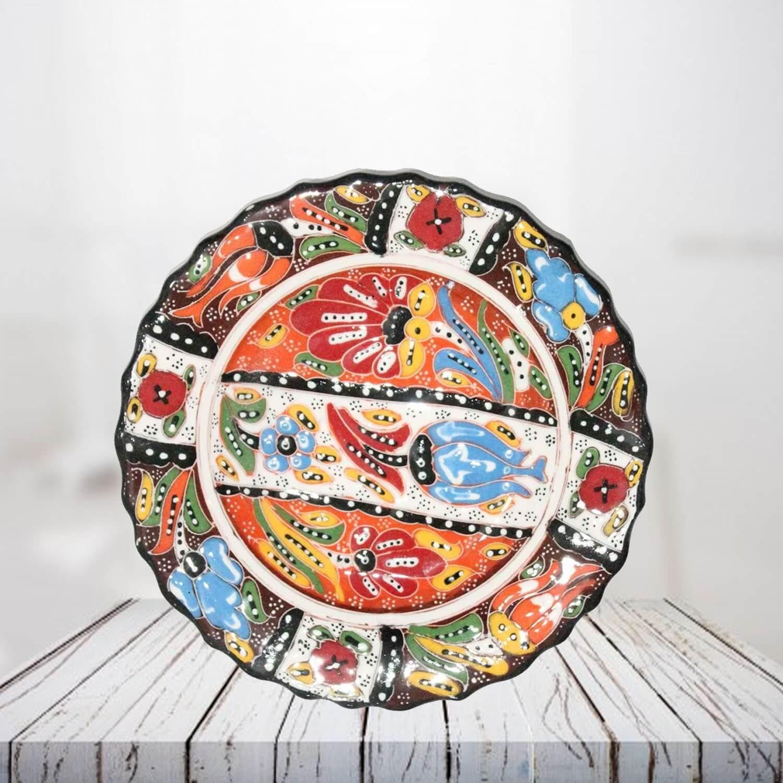 Handpainted 18 cm brown ceramic plate - SHI_CP1803