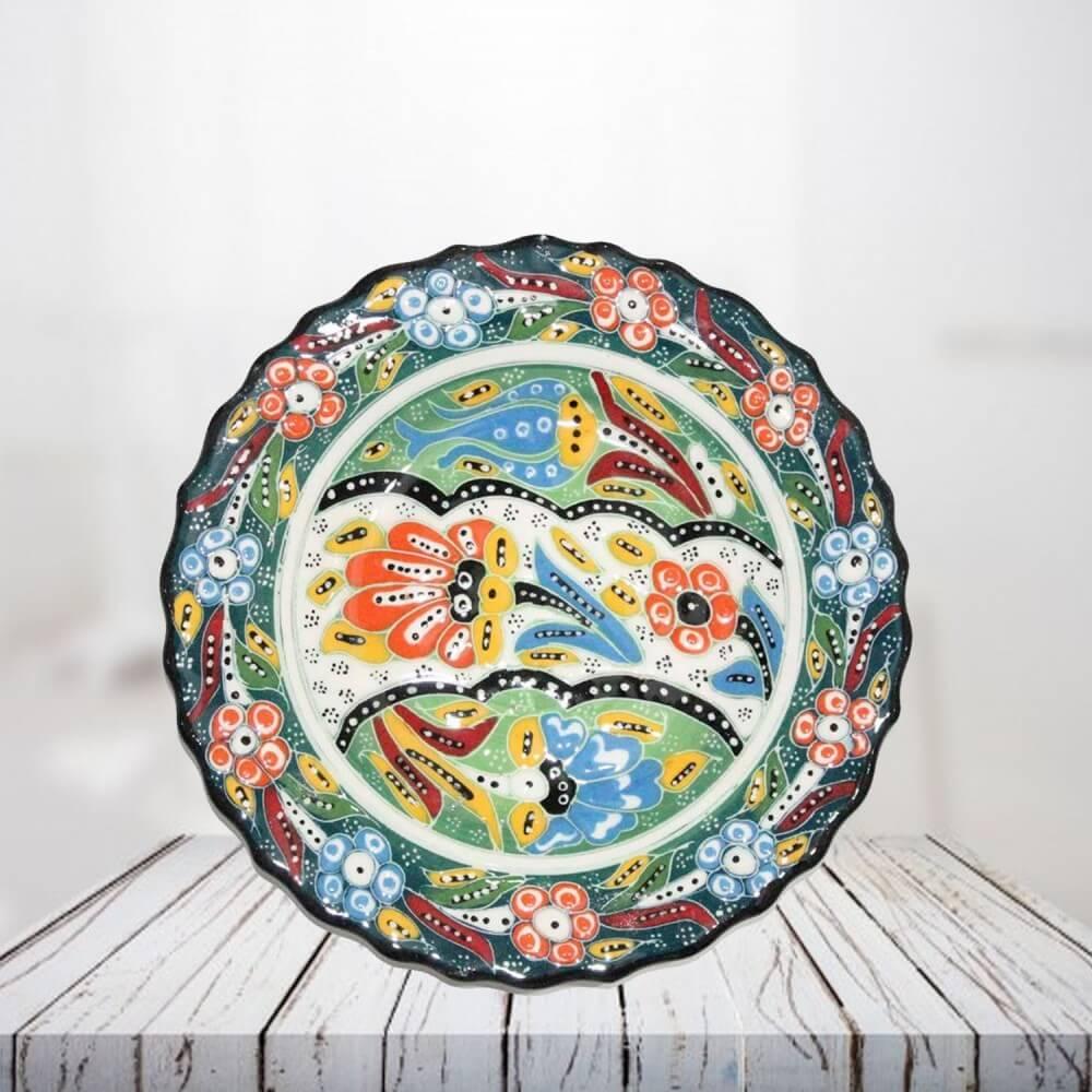 Handpainted 18 cm green ceramic plate - SHI_CP1804