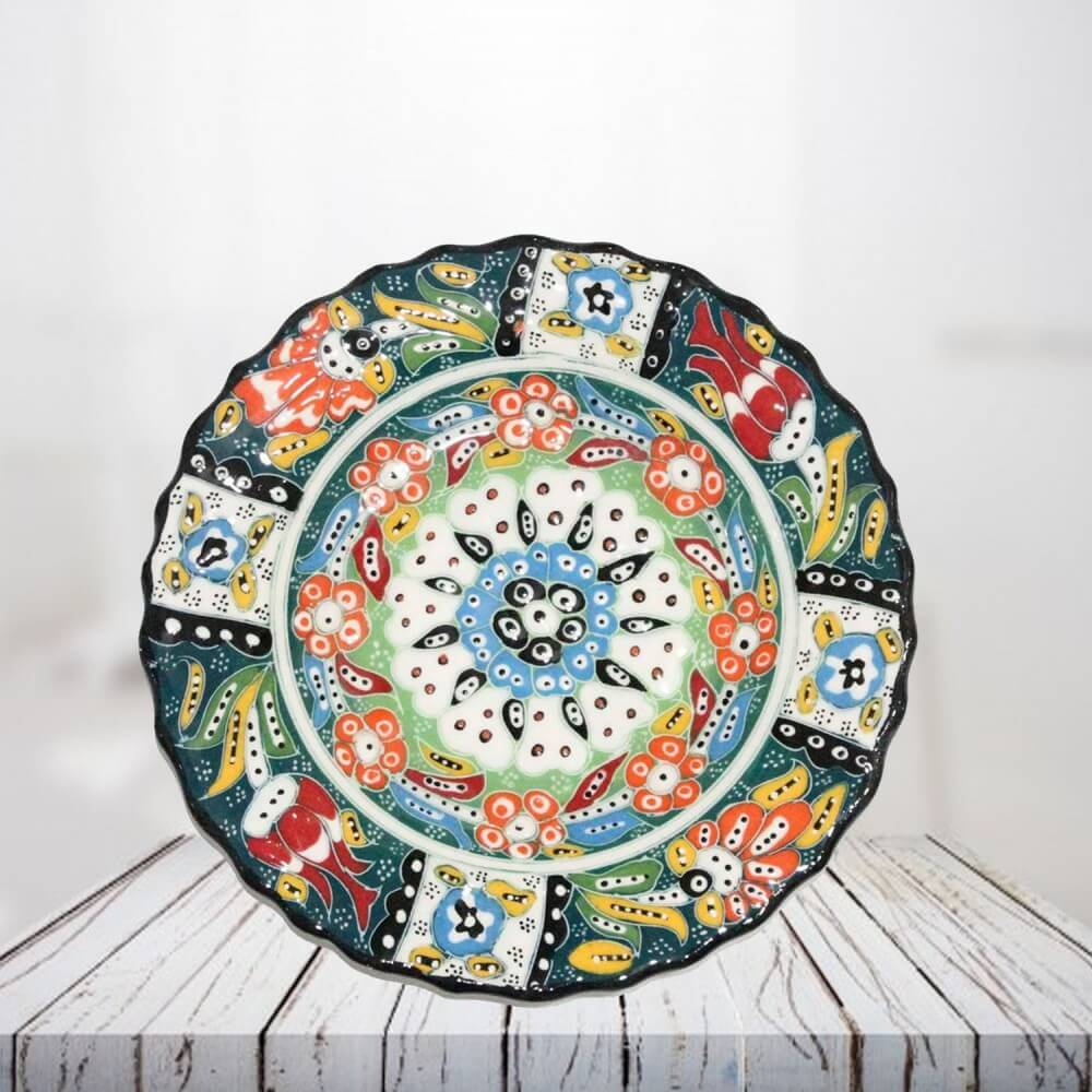 Handpainted 18 cm green ceramic plate - SHI_CP1805