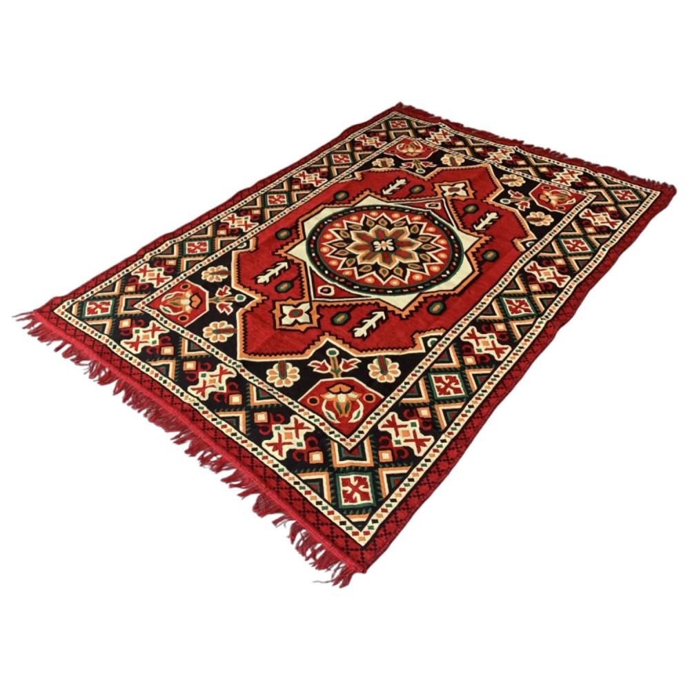 190 x 135 cm Red oriental Turkish kilim rug